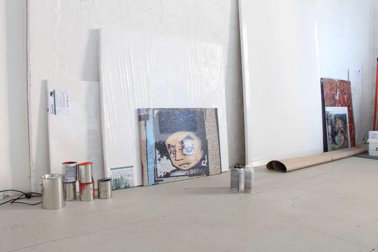 Foto zum neuem Block Text, vor einigen Tagen hab ich den neuen Mietvertrag für mein neues Atelier unterschrieben.